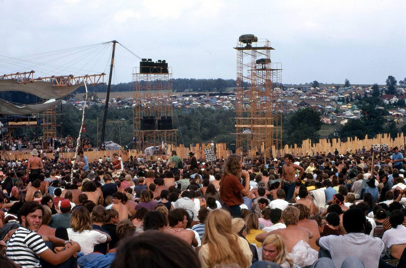 1920px-Woodstock