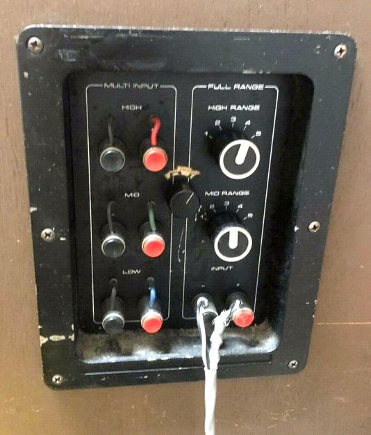 LS-10 back panel